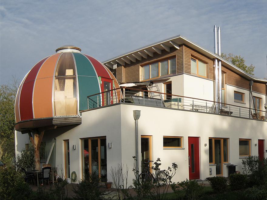 Wohn- u. Gewerbegebäude (Rosenheim), Ahrensburg